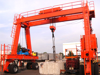 high quality rubber tyred quay gantry cranes are supplied.